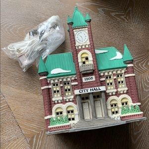 "Department 56 | ""City Hall"" 5969-2 Christmas City"
